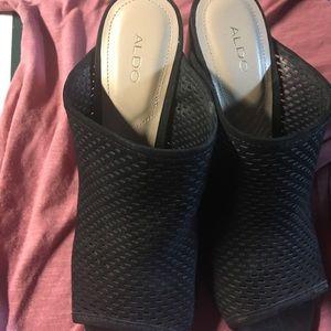 Size 8. ALDO shoes. Never worn